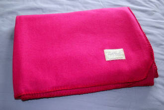 Pinky Wool Throw